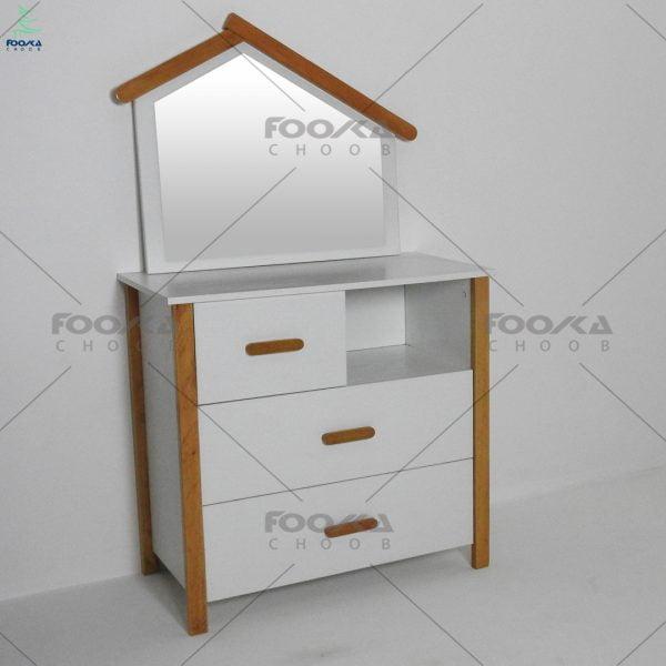 دراور و آینه مدل کلبه با رنگ سفید و دستگیره های چوبی